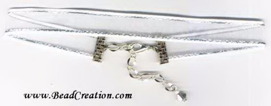 white,silver ribbon choker