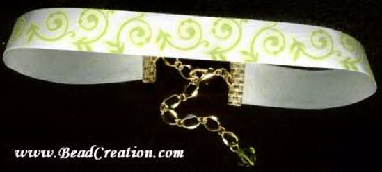 green ivy ribbon choker